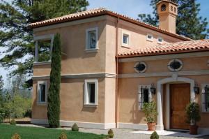 Tuscanyan Villa